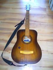 Срочно продам концертную акустическую гитару
