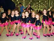 Набор в танцевальную студию детей и взрослых!