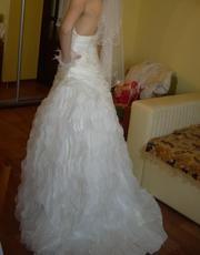 Продам платье свадебное с обалденным шлейфом